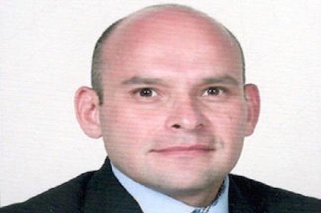 Reconocen como destacado cirujano  a académico de la Anáhuac Puebla
