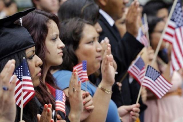 Dreamers mexicanos, sin apoyos para financiarse una universidad