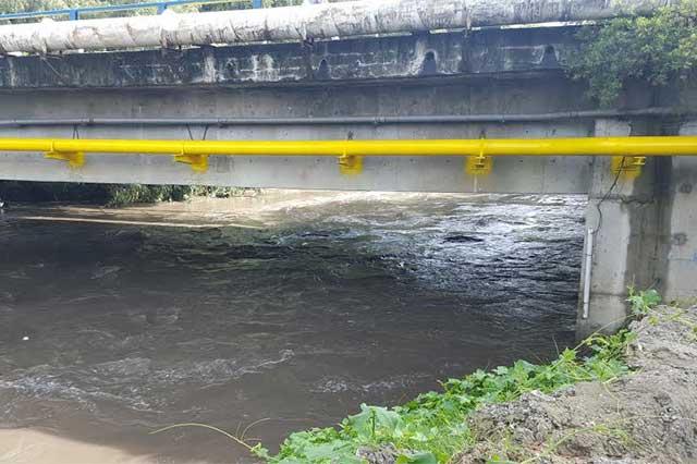 Piden mejorar drenaje y alarmas vecinos de Santa Cruz Buenavista