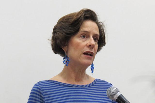 Asaltan la casa de la politóloga Denise Dresser