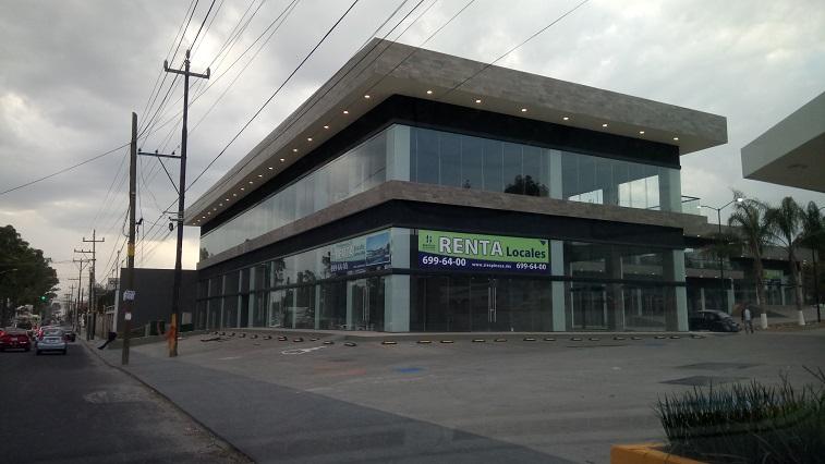 Plazas encarecen rentas frente a nuevos Strip Center en Puebla