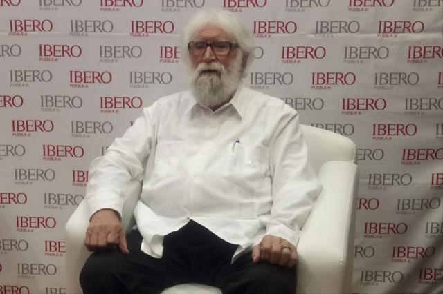 AMLO cambiaría condición social de personas, prevé Boff en Puebla