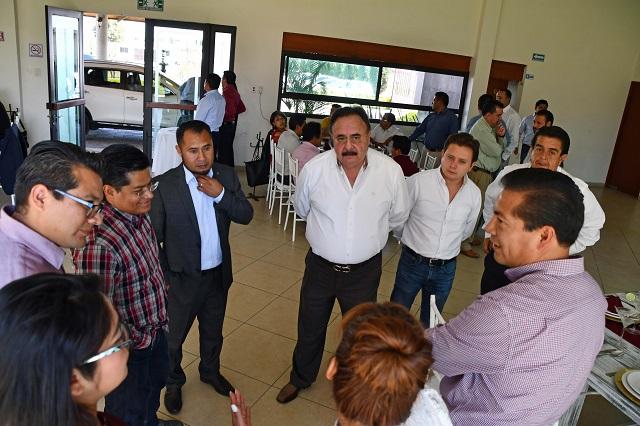 Antonio Teutli invita a empresarios a invertir en Coronango