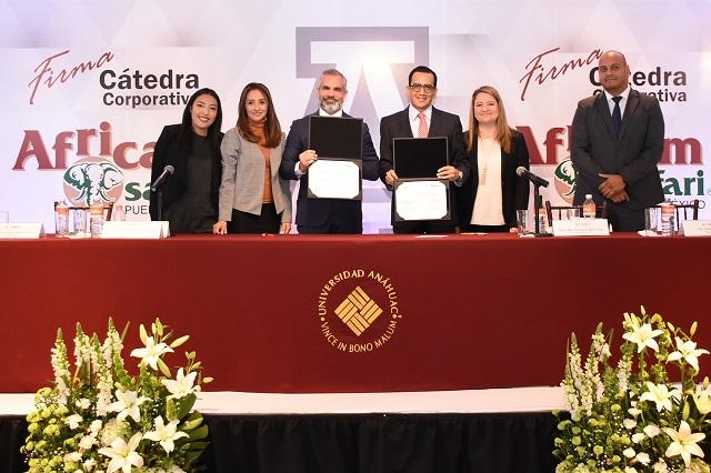 Firma la Anáhuac Puebla convenio para Cátedra Corporativa Africam Safari