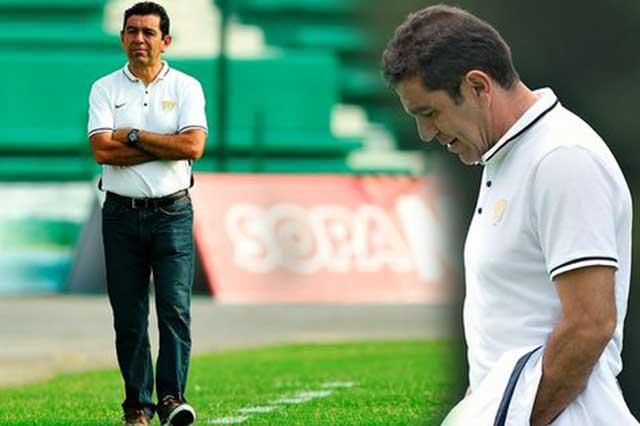 El salvador ya llegó; David Patiño, nuevo DT de Pumas