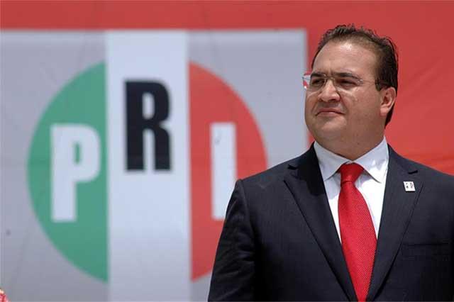 El SAT va tras 44 personas vinculadas a Javier Duarte