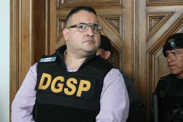 Javier Duarte afirma que está debilitado, pero no levantará su huelga de hambre