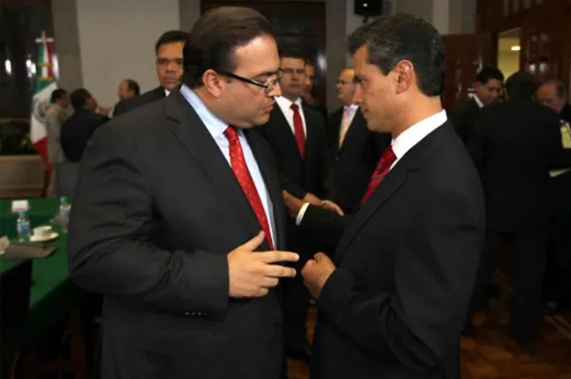 Javier Duarte niega haber regalado un Ferrari a Peña Nieto