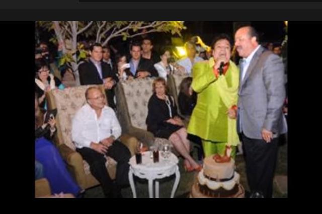 Conoce la fiesta donde Juan Gabriel le cantó a César Duarte
