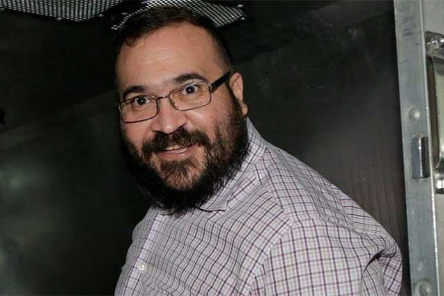 Javier Duarte sólo enfrenta un juicio por desvío de 570 mdp
