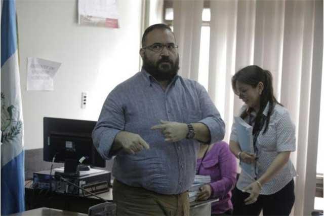 Ordena juez que en 5 días Guatemala entregue a Javier Duarte a México