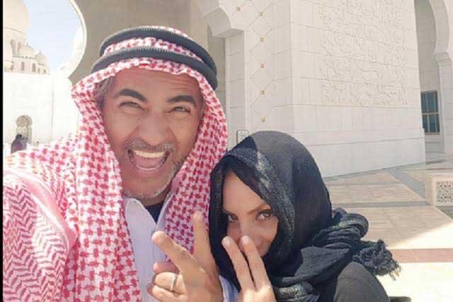 Viajan Raúl Araiza y su esposa a Dubai para reflexionar