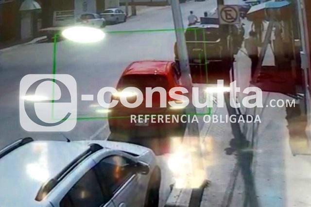 Video: quitan a cuentahabiente 100 mil pesos en Chulavista