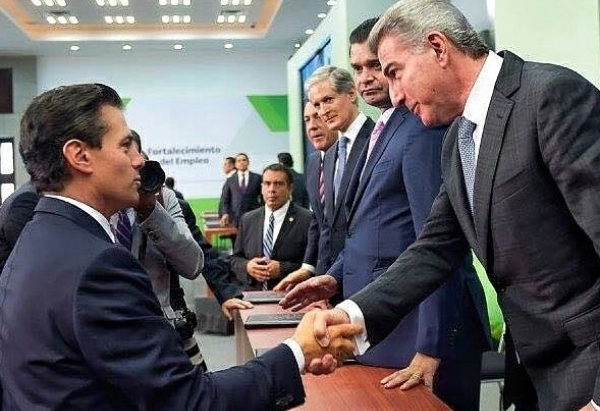 Gali asiste a reunión con Peña Nieto para fortalecer el empleo