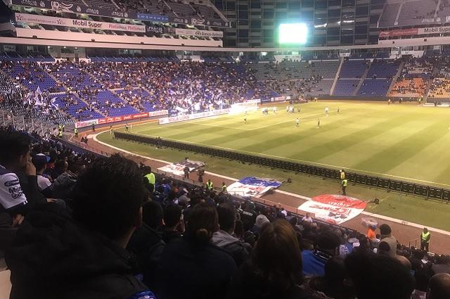Puebla se salva en casa ante el Club Santos
