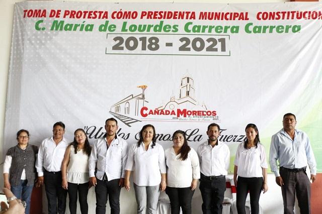 Toman posesión alcaldes Cañada Morelos, Mazapiltepec y Ocoyucan