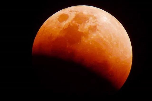 5 mentiras sobre el eclipse lunar