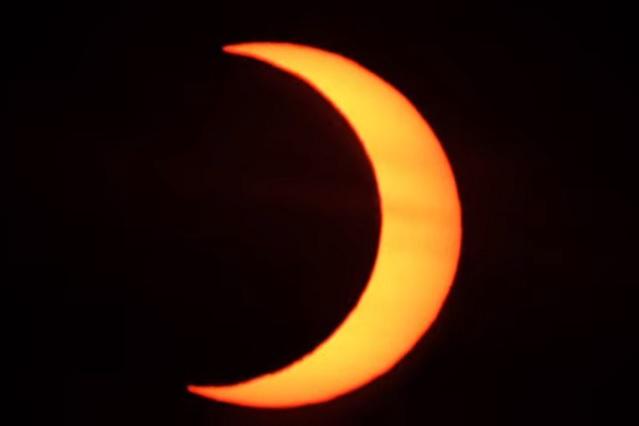 Videos: Así se vio el eclipse anular de sol de este 2021
