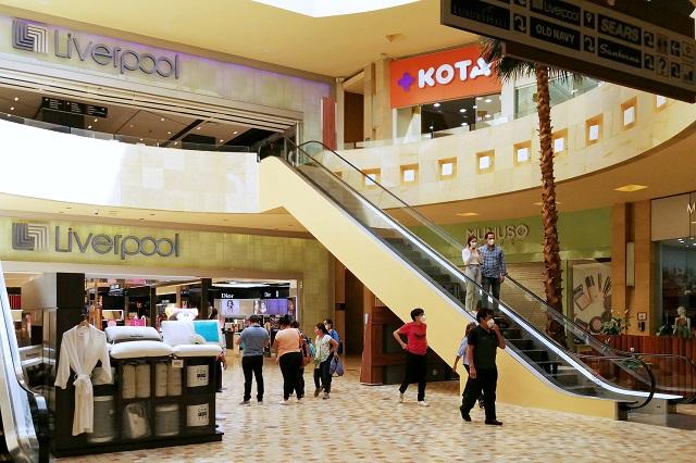 Cierran plazas comerciales hasta las 11 pm a partir de este sábado