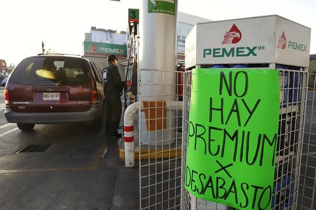 Cierre de ductos causa desabasto en 100 gasolineras de Puebla