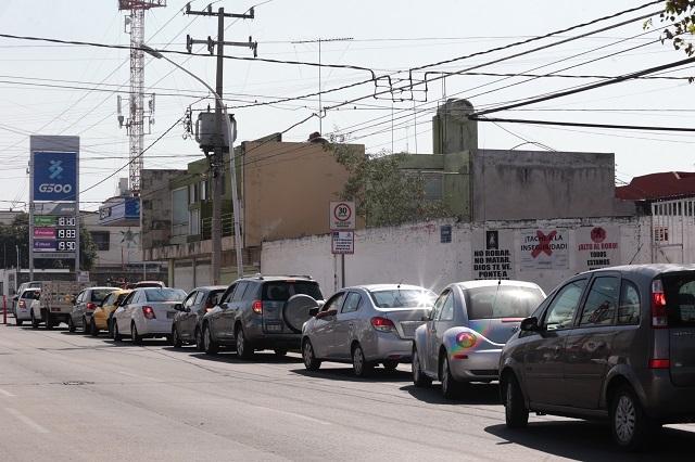Niega delegado de AMLO desabasto de gasolina en Puebla