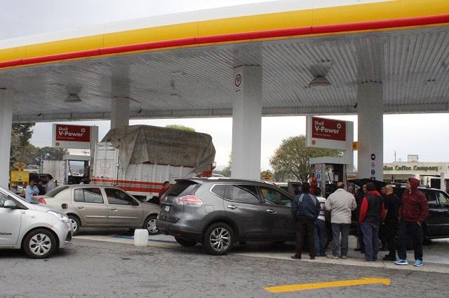Calendario para cargar gasolina no afecta a empresarios: Onexpo