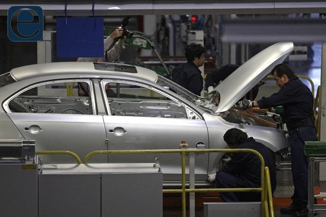 Quiere SAT revisar incentivos fiscales de Industria automotriz