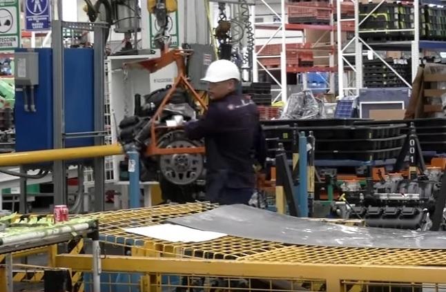Economía creció 0.1 por ciento y no cae en recesión