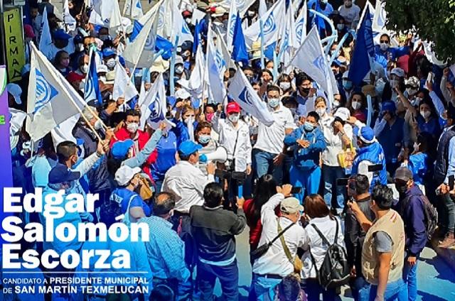 Vecinos de San Rafael Tlanalapan brindan su apoyo a Edgar Salomón Escorza