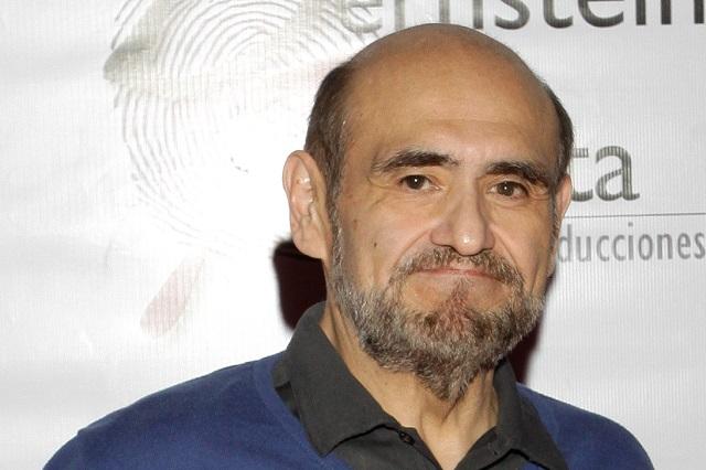 Edgar Vivar vende saludos en 500 pesos para superar crisis por coronavirus