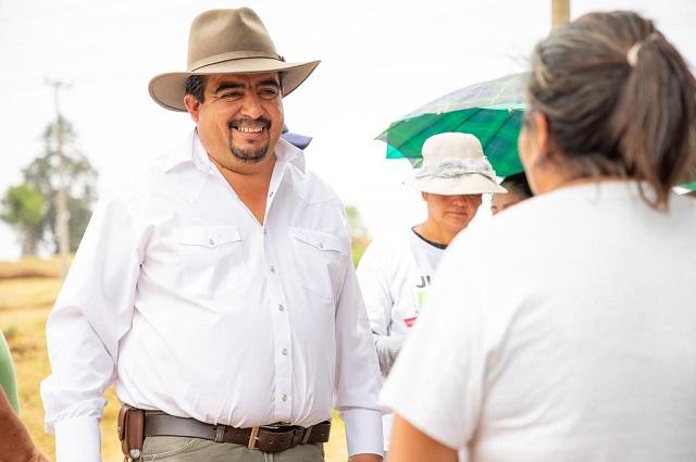Edil electo de Ahuazotepec pide al gobierno garantizar estabilidad