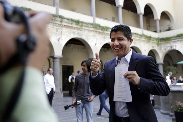 Se deslinda Finanzas de embargo contra Eduardo Rivera Pérez