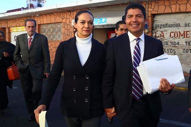 Entrega Rivera Pérez informes a la ASE y exige un trato justo