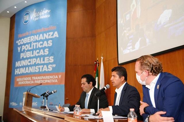 Eduardo Rivera promueve los buenos gobiernos municipales