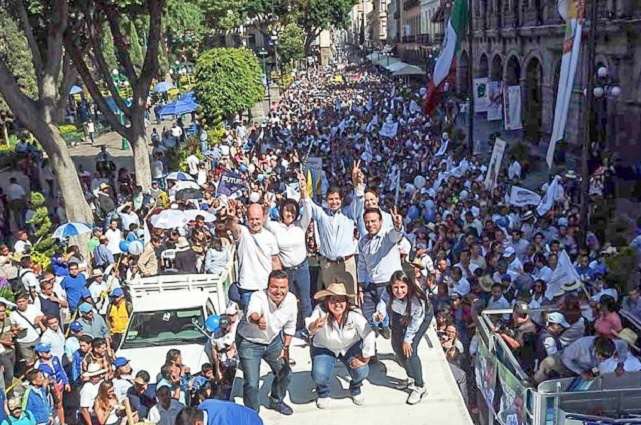 Caminata de Eduardo Rivera reúne a más de 3 mil simpatizantes