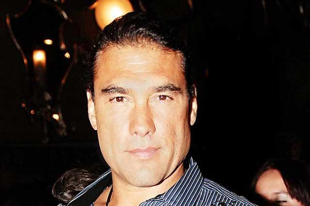Reportero ya demandó a Eduardo Yáñez por asalto y agresión