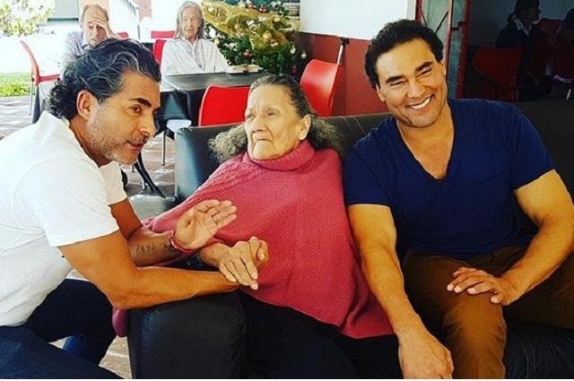 Madre de Eduardo Yáñez le pide que vivir cerca de él