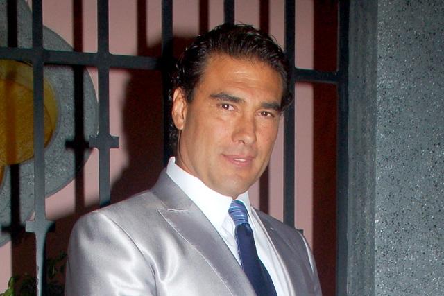 Eduardo Yáñez pone punto final a la demanda del reportero que golpeó