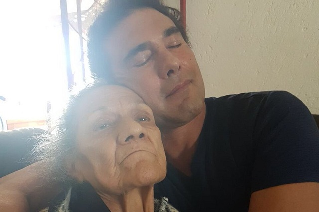 Ex cuidadores de mamá de Eduardo Yáñez podrían demandar al actor