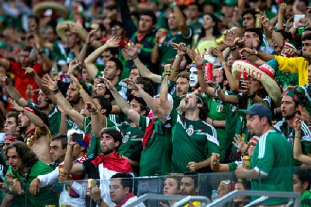 """La FIFA quitará puntos a México si la afición no deja de gritar """"Eeeh puto"""""""