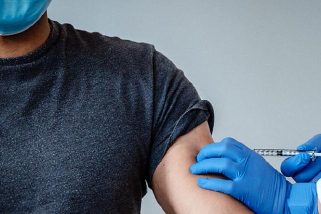 Egresado de la UDLAP trabaja en pruebas para mutación de Covid