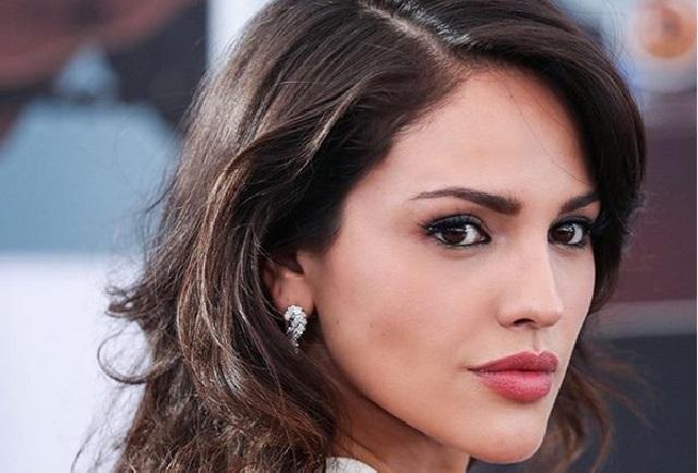 Cambio de look: Eiza González luce cabello rubio y más corto
