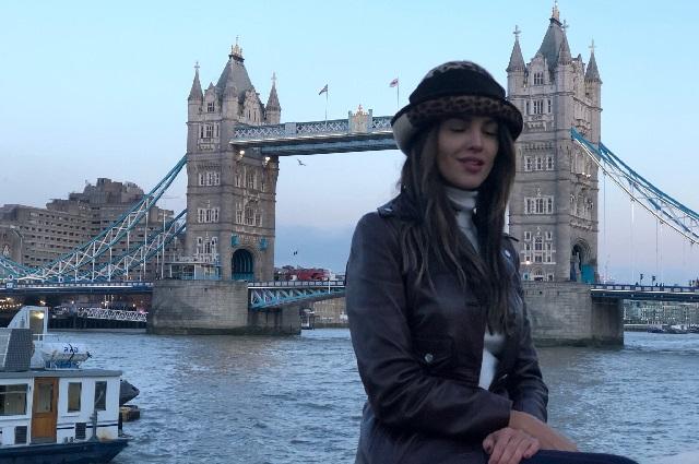 Eiza González responde a haters tras lanzar fuerte crítica a AMLO