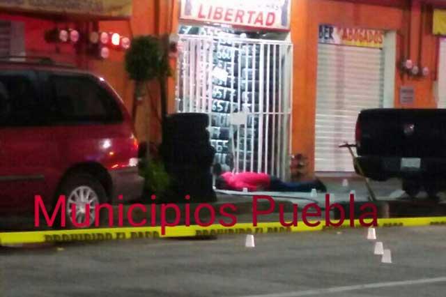Desde dos camionetas rafaguean a tres sujetos en Texmelucan — Madrugada sangrienta