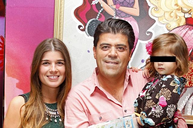 El Burro Van Rankin le pide matrimonio a la madre de sus hijas