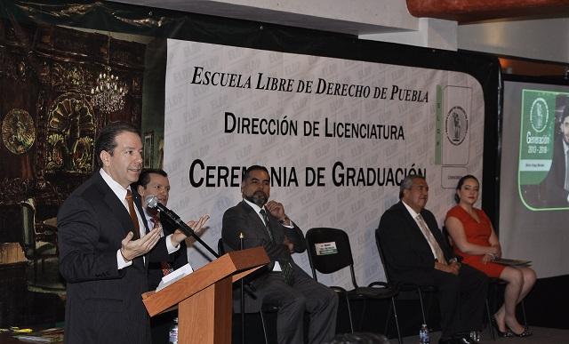 Culmina cursos la Licenciatura de la Escuela Libre de Derecho de Puebla