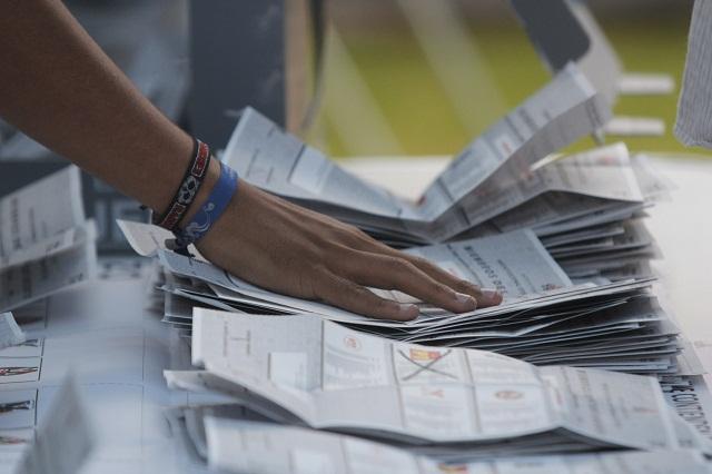 En la elección compiten delincuentes y criminales, dice EPR