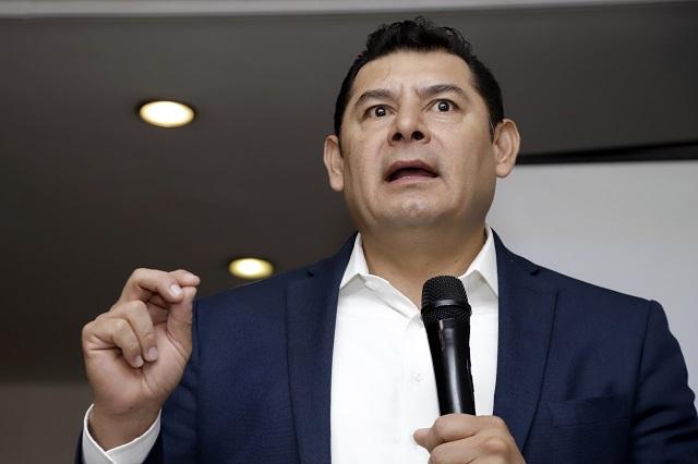 Armenta regresa al Senado tras finiquitar conflicto con Barbosa