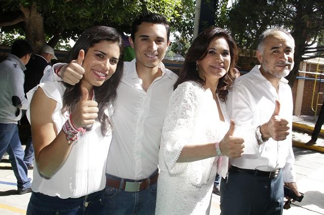 Pide Alcalá al gobierno abstenerse de intervenir en la elección