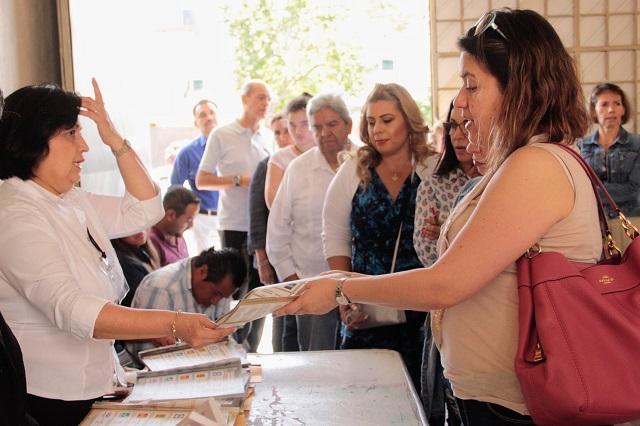 Voto de Alonso, en zonas caras; el de Barbosa, en populares
